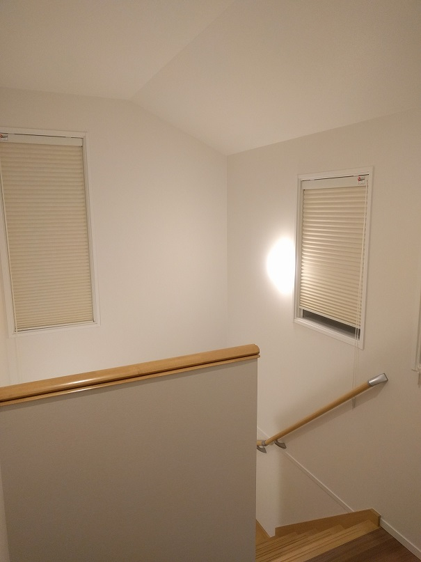 i-smartお気に入り設備紹介-vol16《階段の窓》