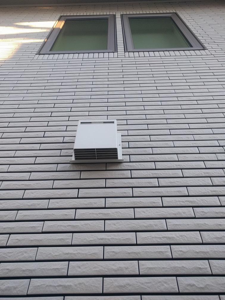 《i-smart》換気扇の出口